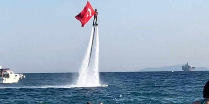 Konyaaltı Sahili 14 Mavi Bayrak Ödülü İle Açıldı